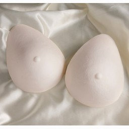 TF802 TRANSFORM® Oval Foam Breast Forms